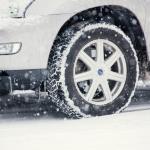雪道を車で走るならやっぱり4WD?本当は一番危ない駆動方式
