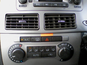 car-air-conditioner3